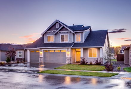 HOW TO SELECT THE RIGHT WINDOW FOR YOUR HOME